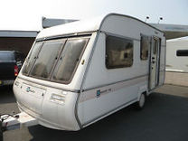 Bailey de ville se 4 berth touring caravan restoration parts